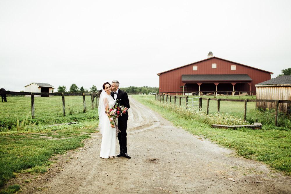 liberty-farms-hudson-flowerkraut-wedding-emily-kirke-photography (111 of 161).jpg