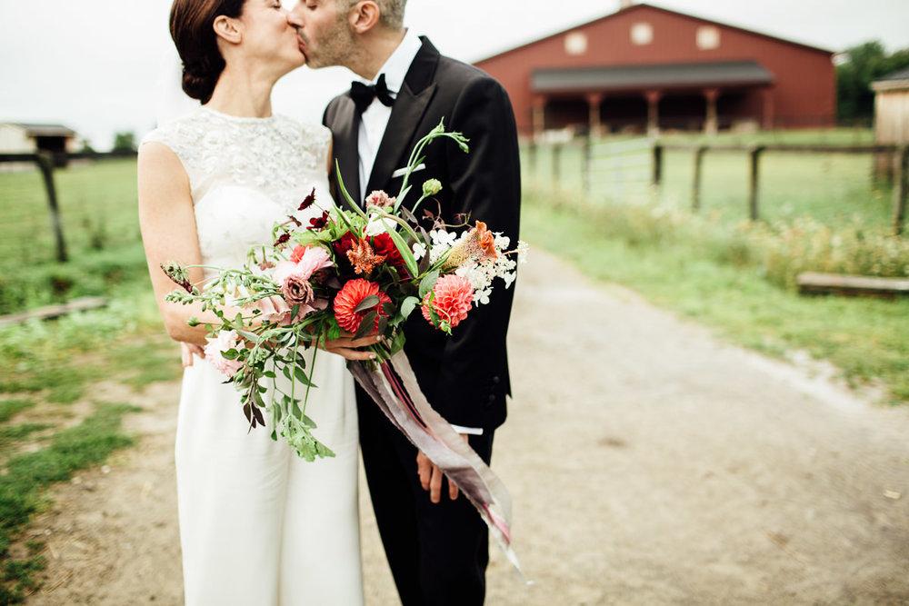 liberty-farms-hudson-flowerkraut-wedding-emily-kirke-photography (113 of 161).jpg