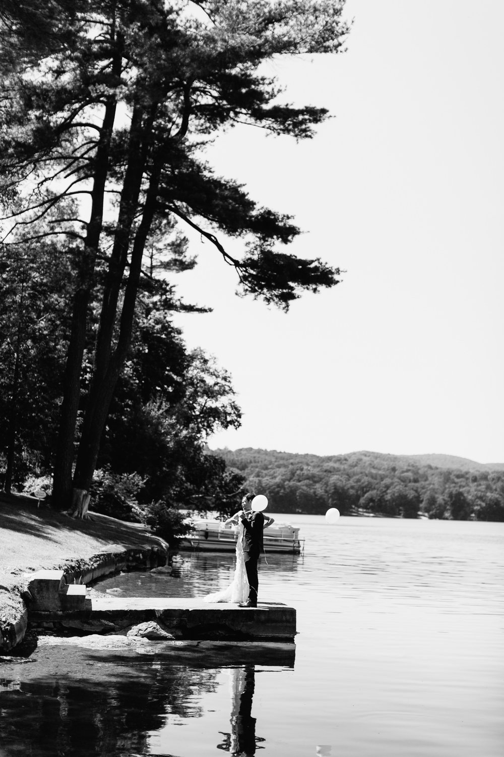 connecticut-summer-lake-wedding-emily-kirke-photography-upstyle (64 of 181).jpg