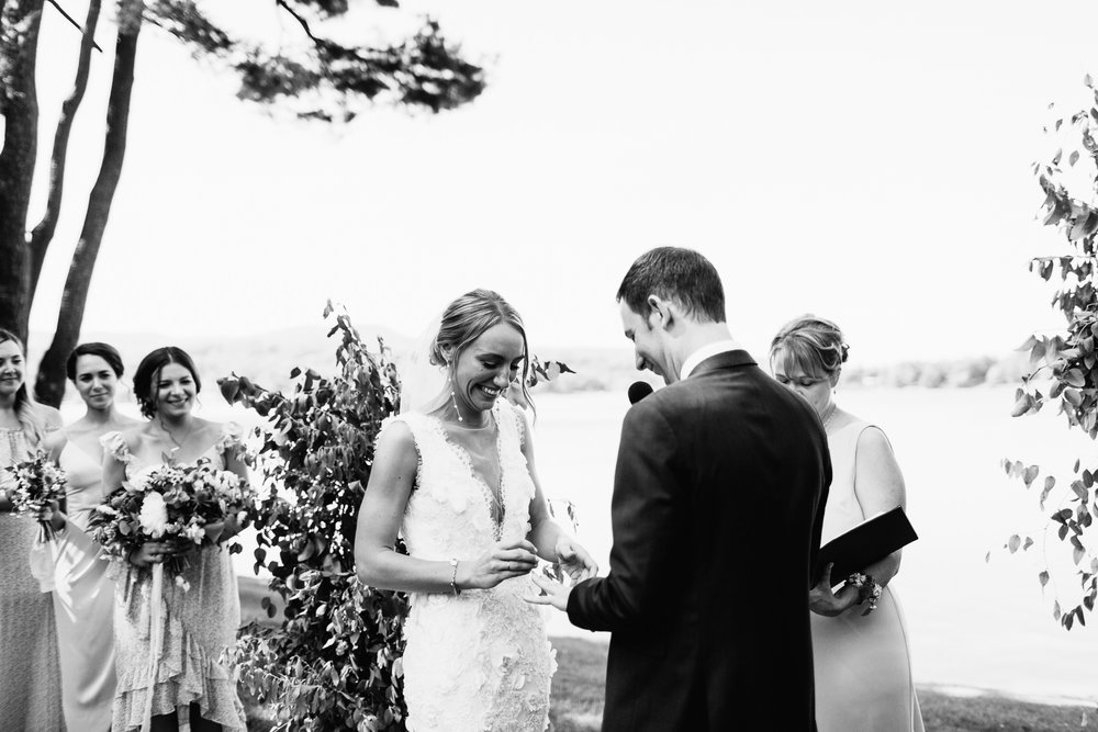 connecticut-summer-lake-wedding-emily-kirke-photography-upstyle (98 of 181).jpg