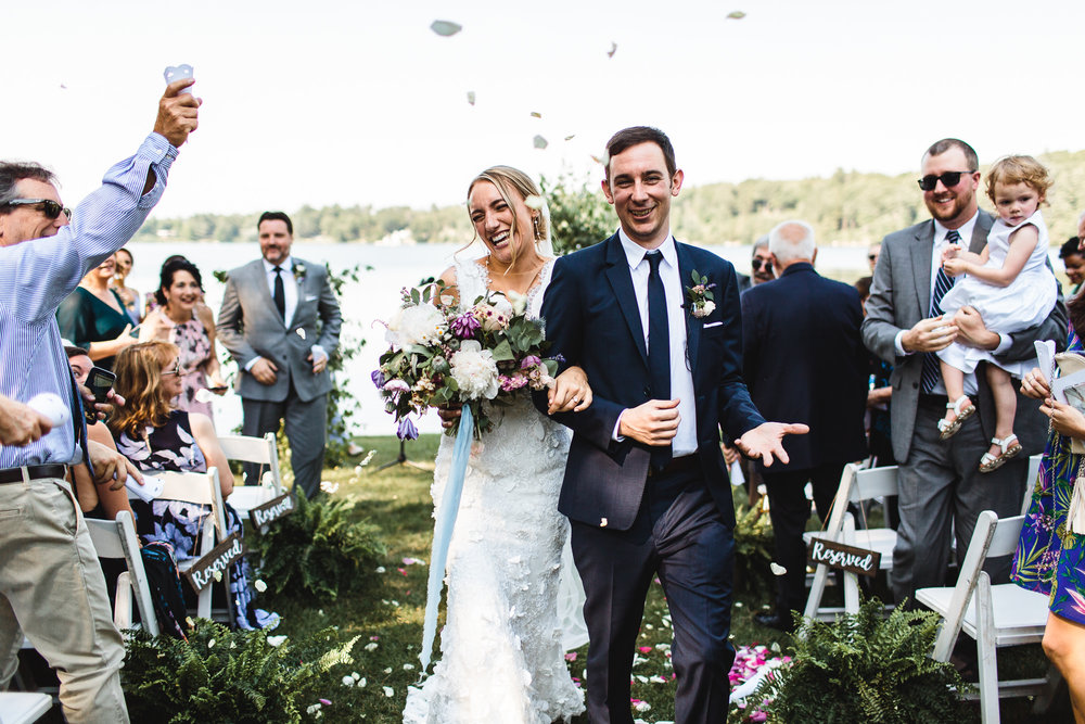 connecticut-summer-lake-wedding-emily-kirke-photography-upstyle (107 of 181).jpg