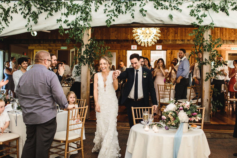 connecticut-summer-lake-wedding-emily-kirke-photography-upstyle (136 of 181).jpg