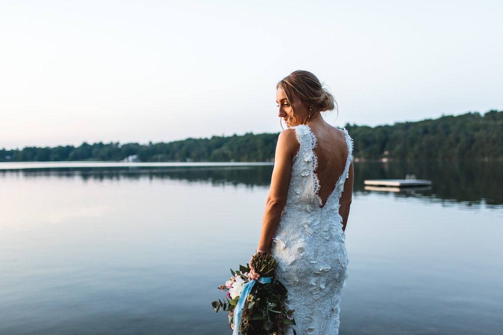 connecticut-summer-lake-wedding-emily-kirke-photography-upstyle (157 of 181).jpg