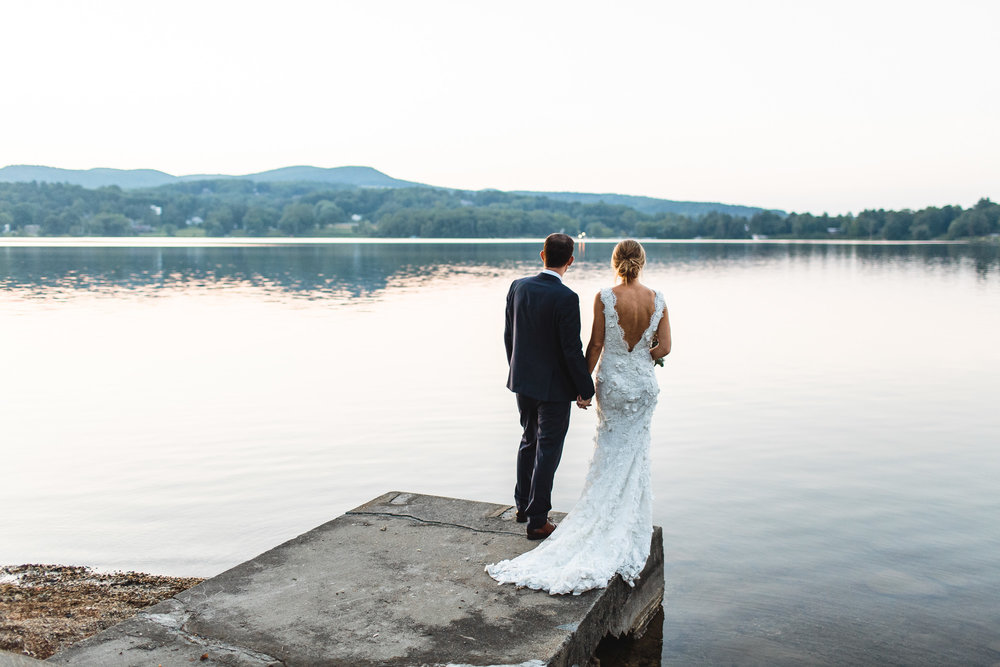 connecticut-summer-lake-wedding-emily-kirke-photography-upstyle (161 of 181).jpg
