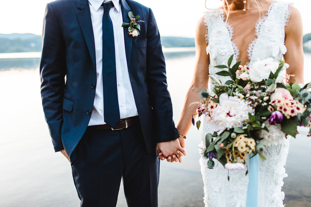 connecticut-summer-lake-wedding-emily-kirke-photography-upstyle (168 of 181).jpg