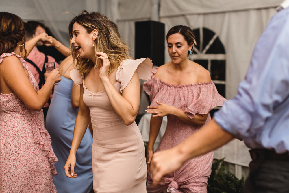 connecticut-summer-lake-wedding-emily-kirke-photography-upstyle (174 of 181).jpg
