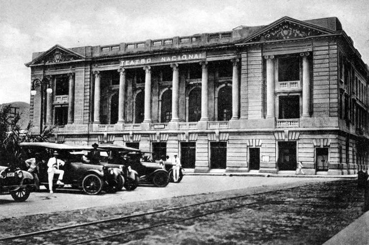 levieuxsansalvador :   Teatro Nacional de El Salvador, 1924.