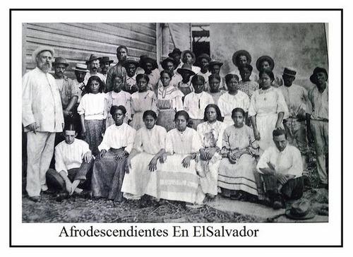 """kindofblue :        Un concepto diferente del mestizaje proviene del misionero Antonio Conte que relataba que el pueblo San Alejo en el departamento de la Unión ofrecía """"una curiosa mezcla de tres razas, negra, cobriza y blanca, fundidos en una sola, sin perder los rasgos característicos de cada una de ellas"""", Conte añadía que con ello se daba la mano Usulután, San Vicente y Atiquizaya. Para Atiquizaya destacaba que en 1916/17, o sea 14 años antes del censo de 1930, había alrededor de 15,000 habitantes y que de ese número, los negros africanos no eran pocos.      Wolfgang Effenberger López, """"La invisible herencia africana de El Salvador"""" [ leer más ] [ foto ]"""