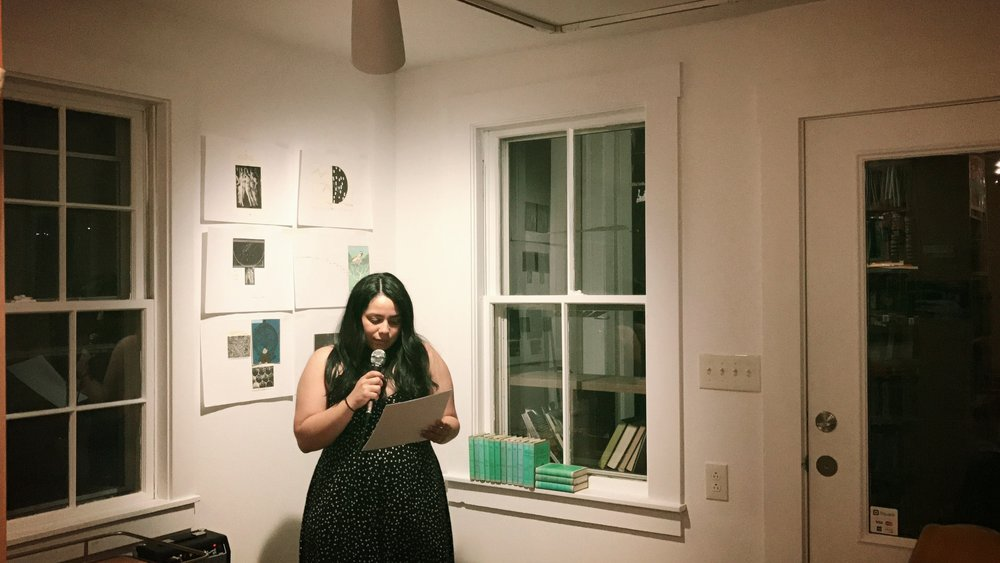 Ruth Rodriguez Reads