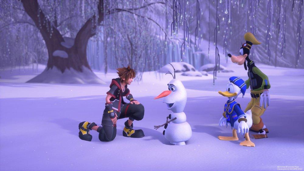 Sora helping Olaf