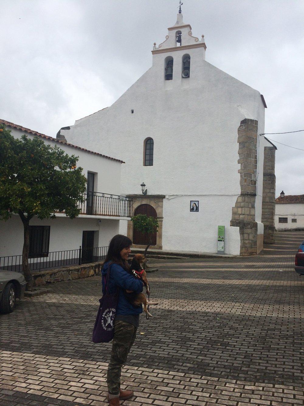 Sara and Bonnie in La Codosera.