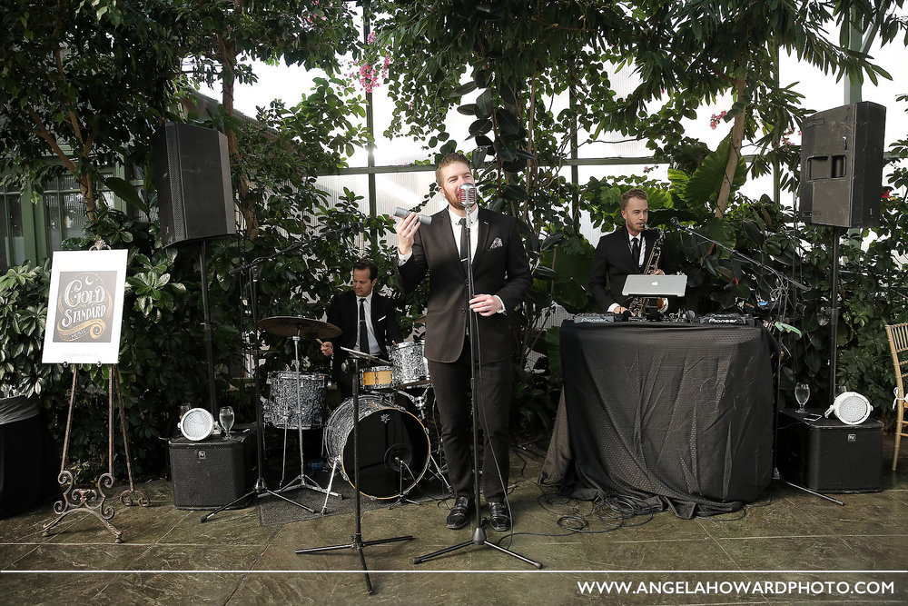We loved laying down lush jazz/soul grooves in the deep green garden setting.@utahbridemag #UBGWhiteParty Photo credit: Angel Howard Photography