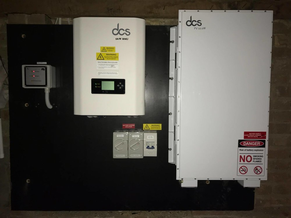 DCS PV 10.0W LFP Battery managed by a DCS 5kW BMU (Multi Mode Battery Inverter)