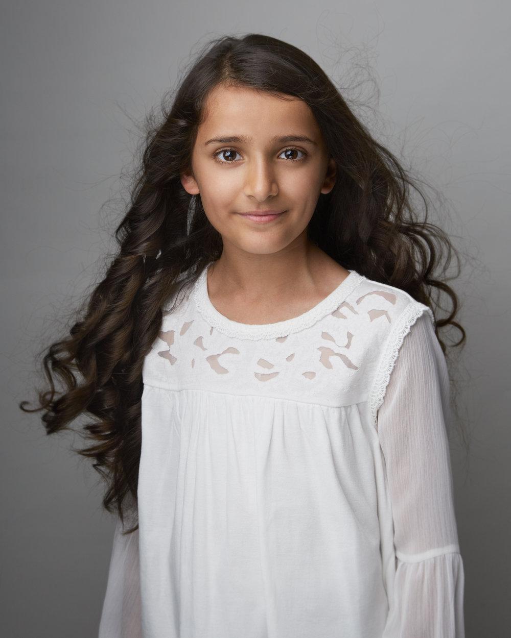 Isobel Khan Annie.jpg