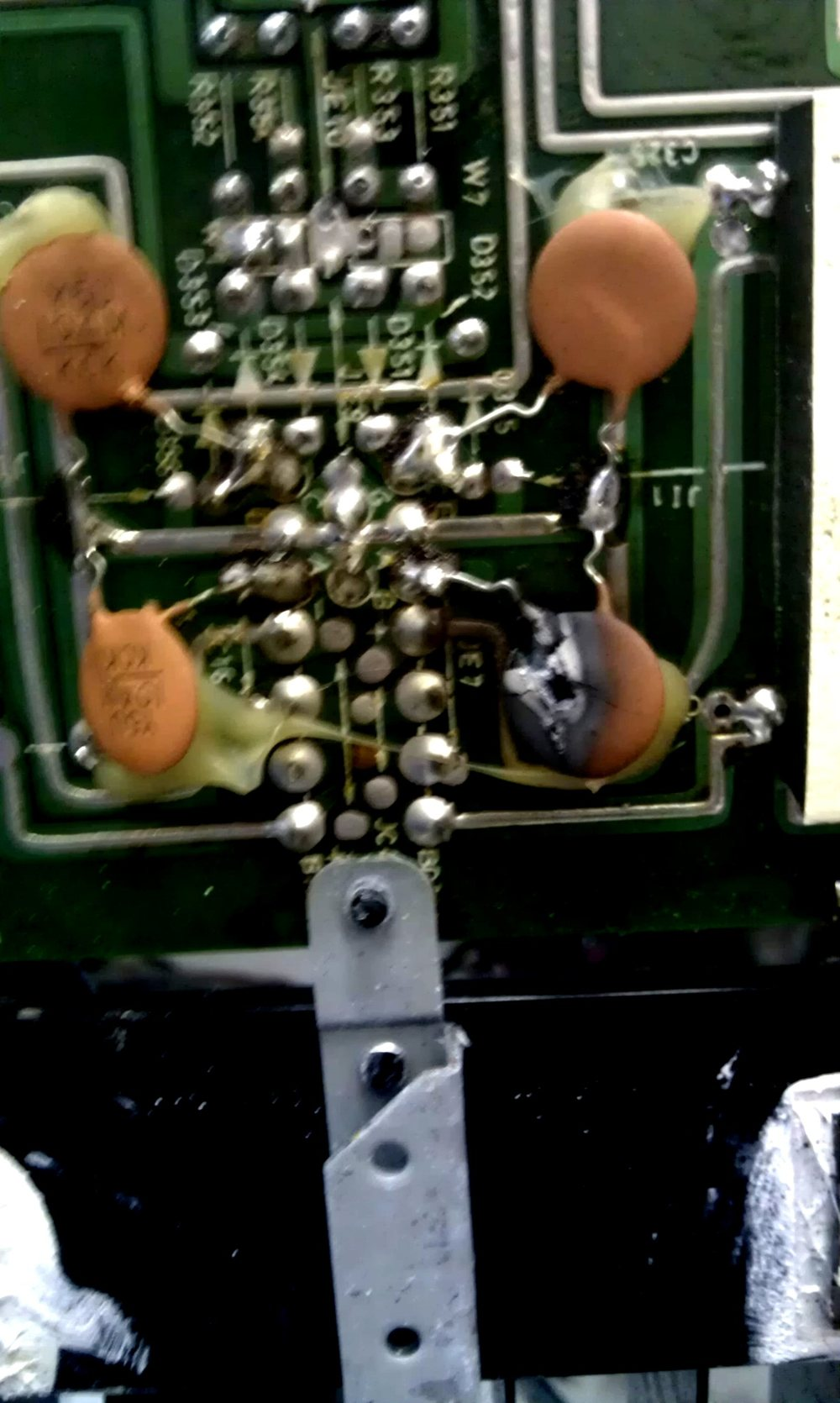 Proton Amplifier