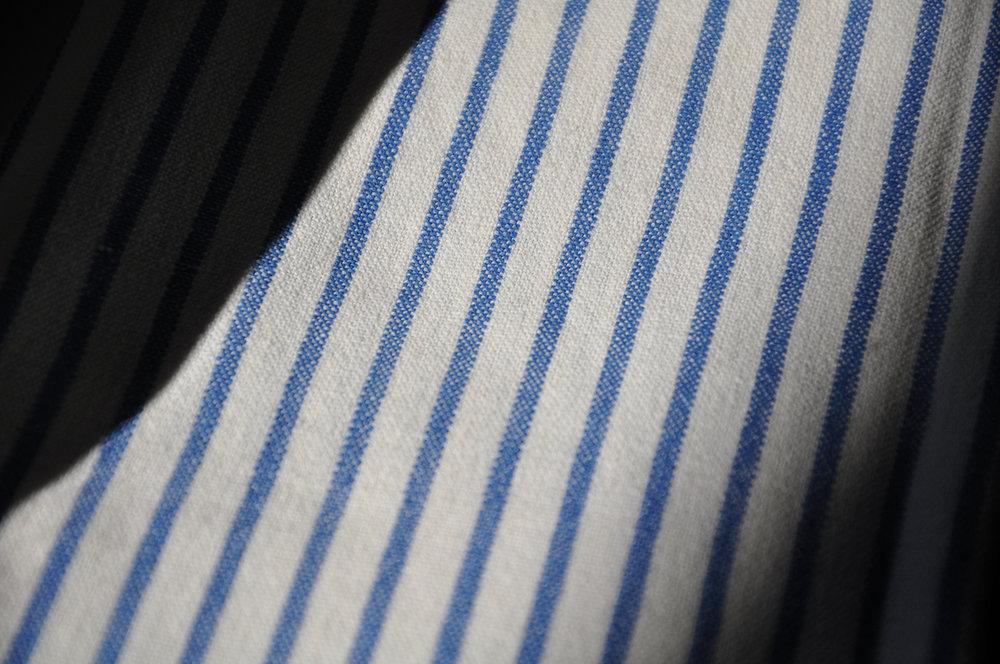 Kopie von blau gestreifter handgewebter Stoff