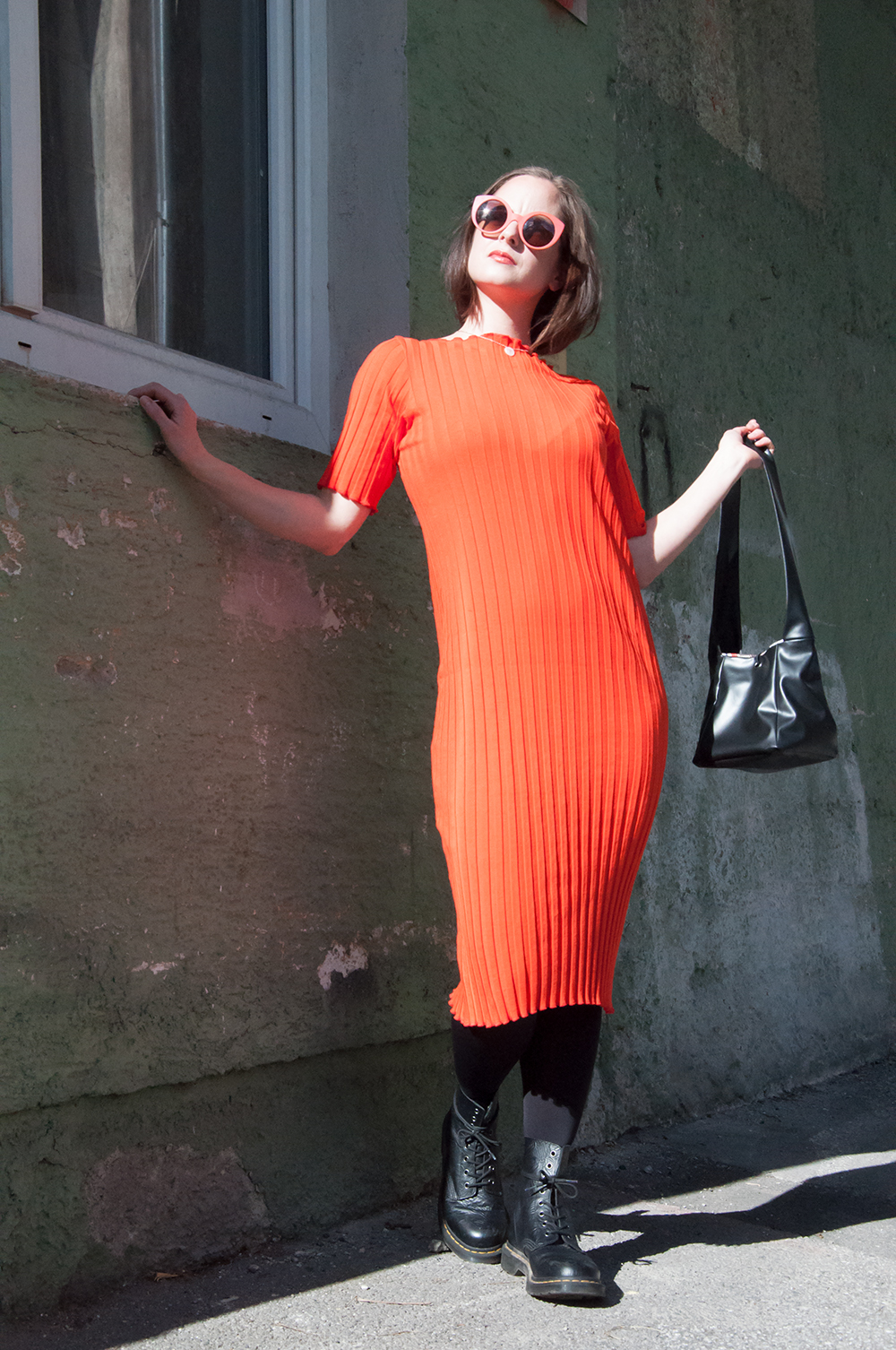 Fashion Shooting, oranges Kleid