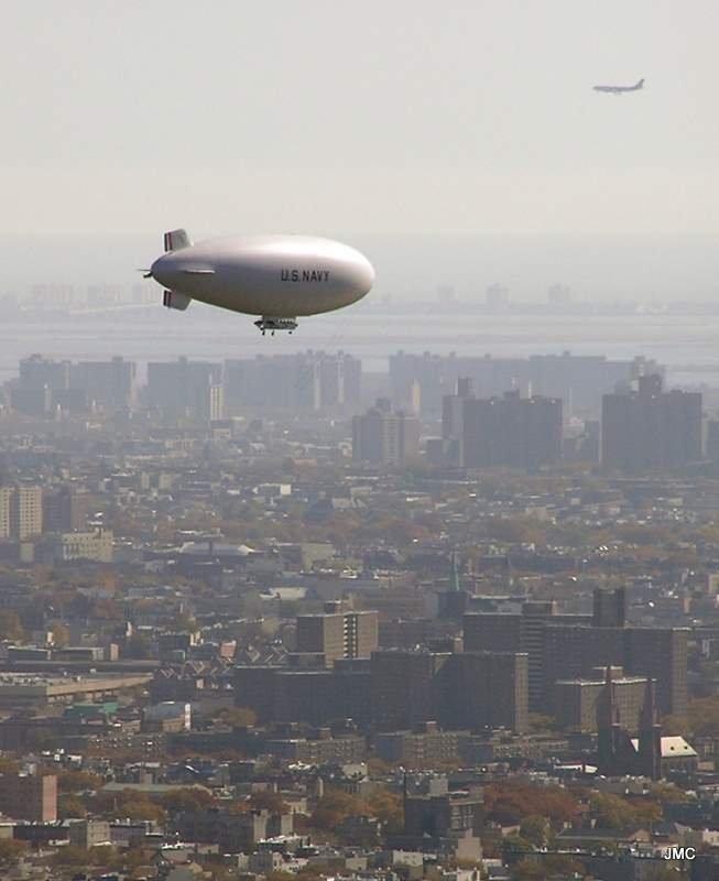 Janet's Photo - US Navy Blimp (Nov 2011).JPG