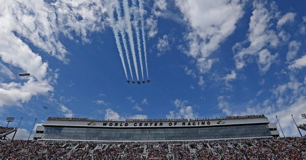 Daytona 500 2.jpg