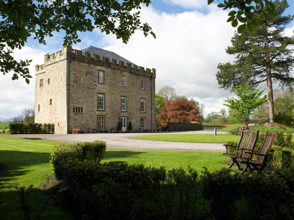 Hellifield Castle 002.jpg