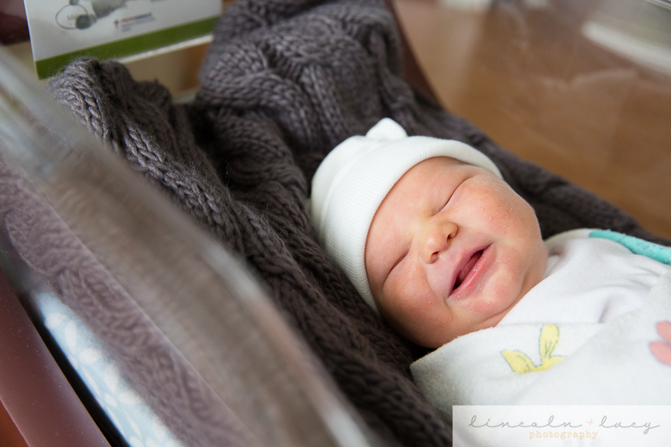 Newborn photography in the hospital in Everett WA