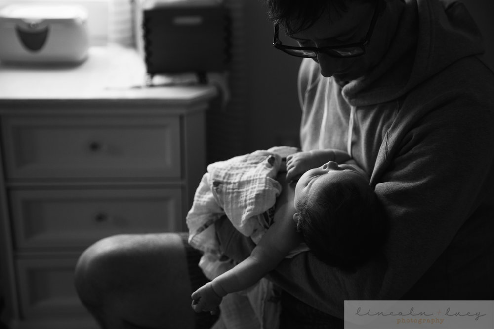 Lifestyle newborn photography Seattle 14