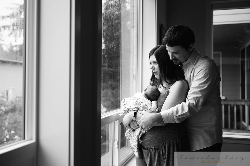 Lynnwood Newborn Photographer-35.jpg