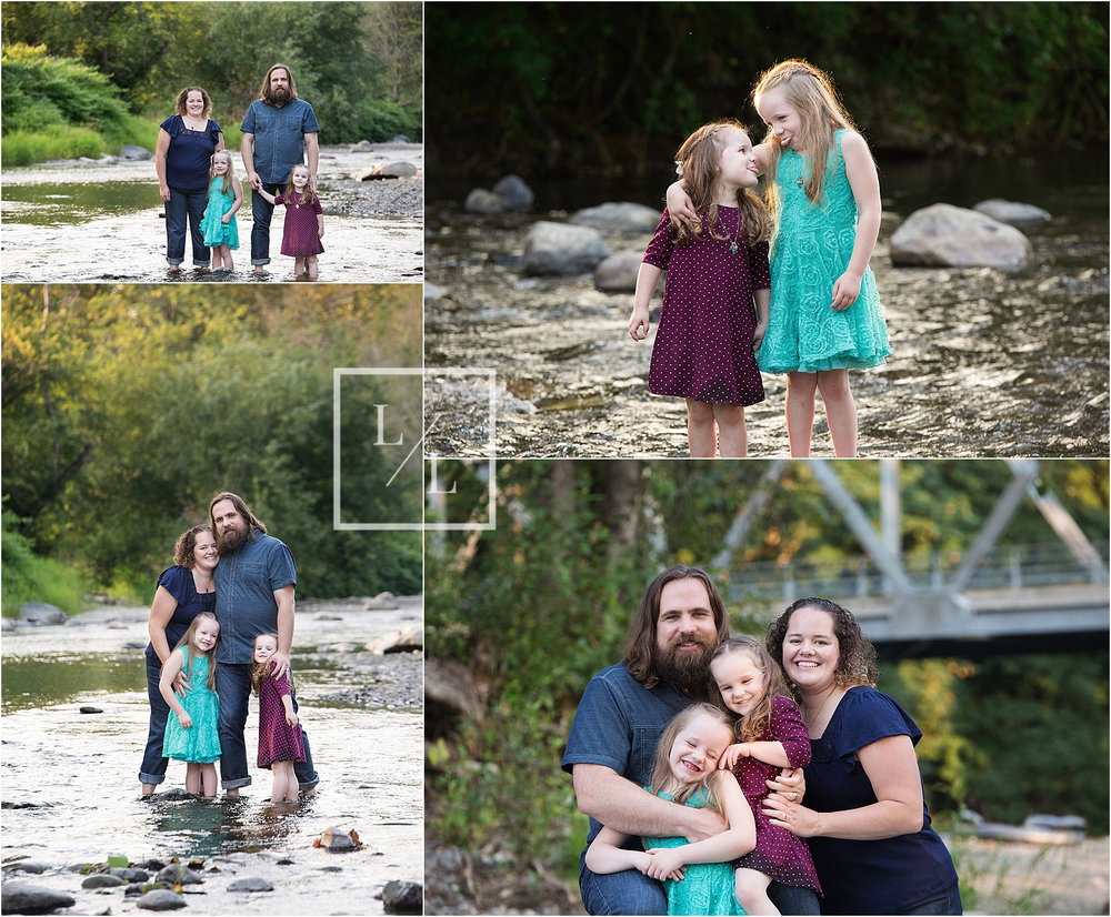 Family Pictures at Pilchuck River.jpg