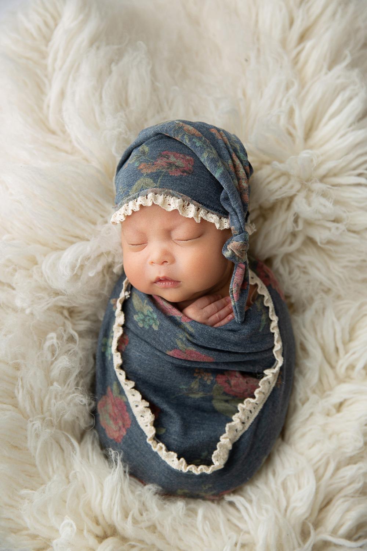 Newborn MIni Session-17.jpg