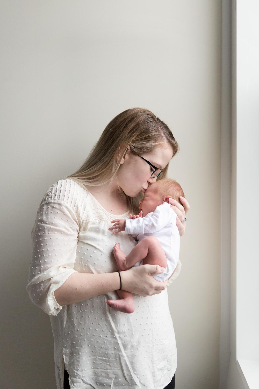 Lifestyle Newborn Photos-9.jpg