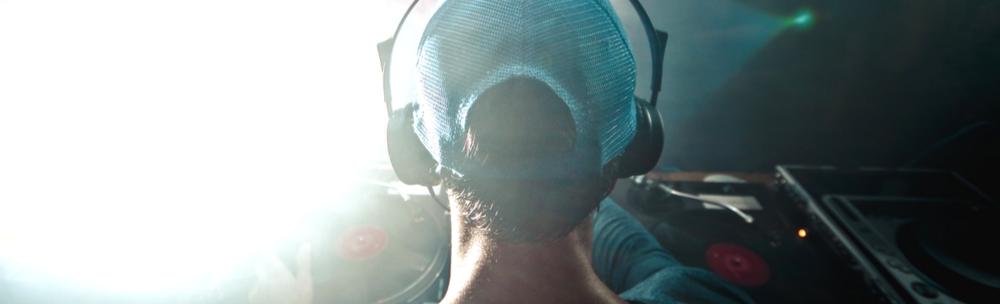 DJ (1).png