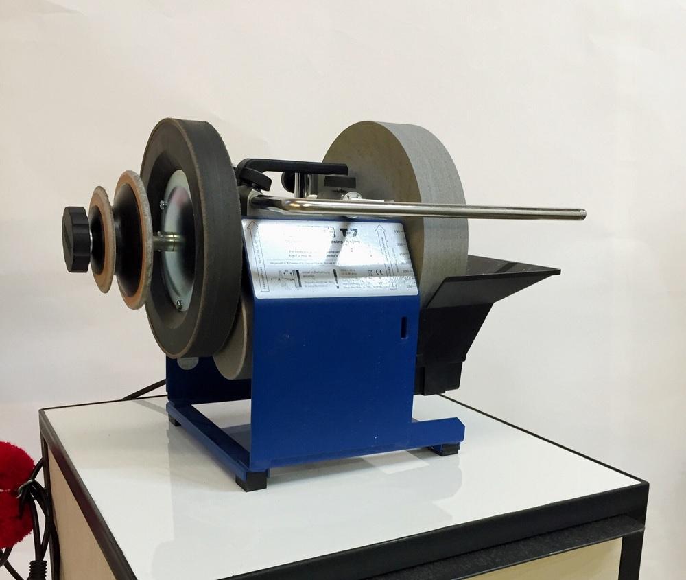 hafven-makerspace-tormek-schleifmaschine.jpg
