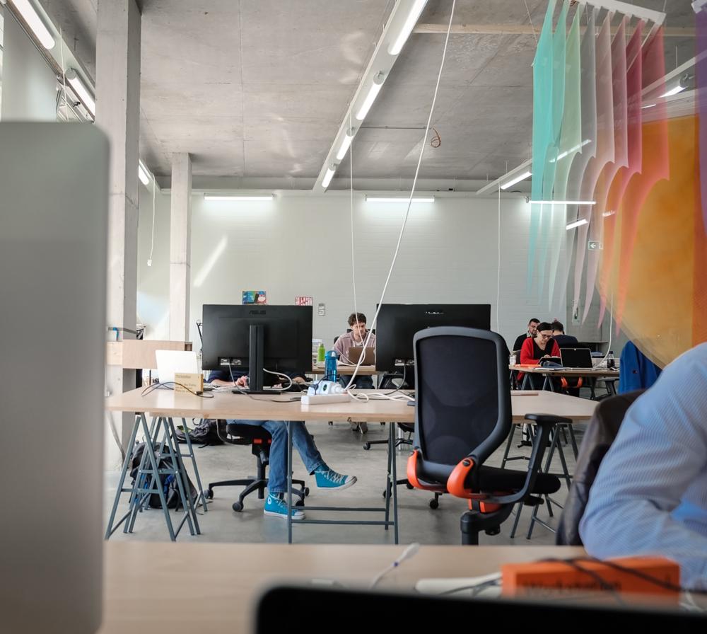 Entspanntes Arbeiten im Coworking-Raum