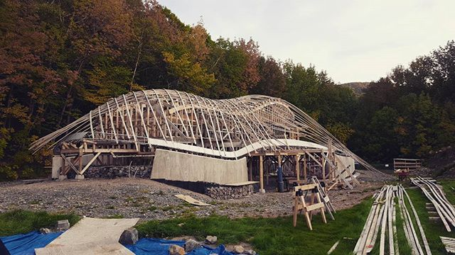 AND continued to happen! #progressmakesperfect #designbuild #collaboration #cheticamp #capebretonnationalhighlands #experimental #architecture #progress #dalhousie #uncc #uaz #gridshells #stainlesssteel