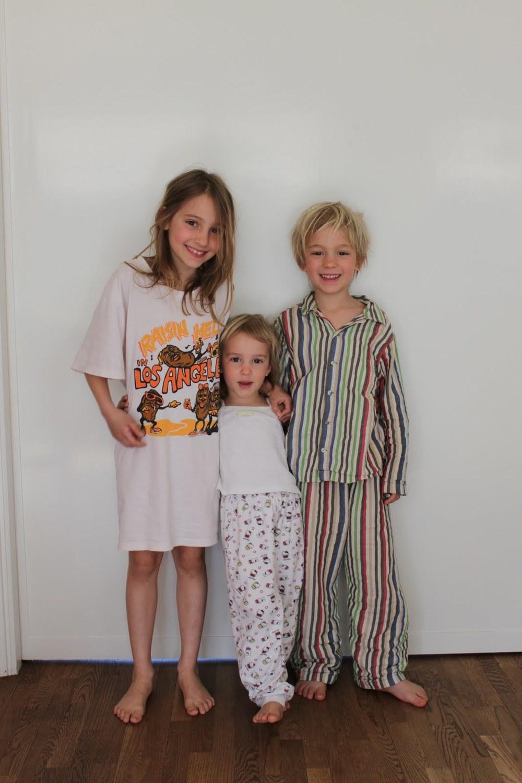 Här är mina barn när de var i samma ålder som syskonen i  Ett väldigt bra litet djur.