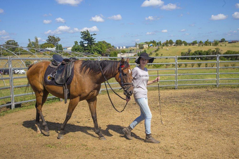 160308_Georgia_w_horse_1.jpg
