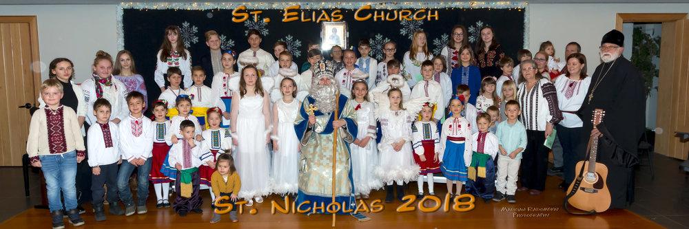 Group Photo witth St. Nicholas.jpg