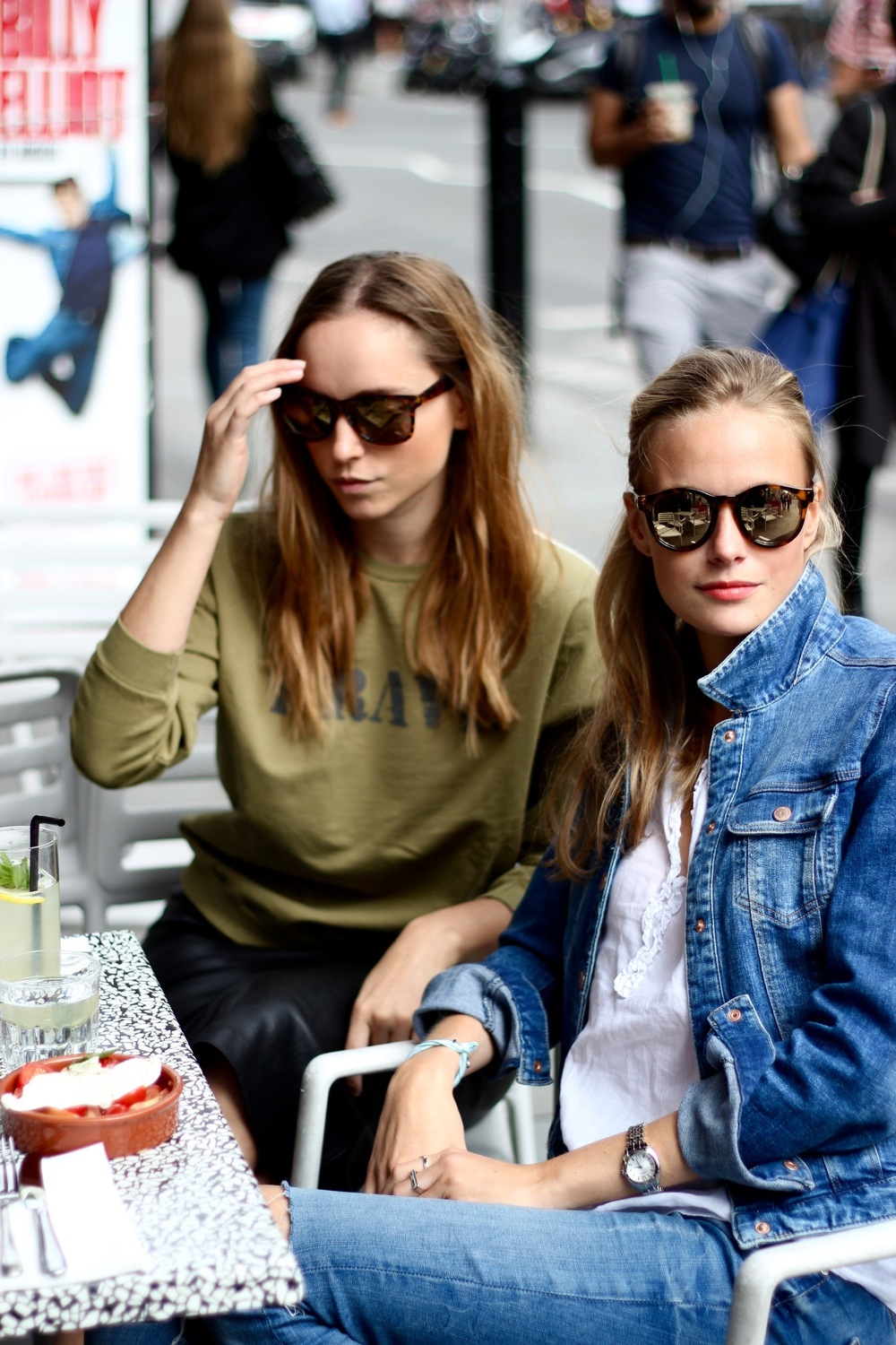 Zsanett and Annabell are wearing from head to toe ZARA ;) watch by Seiko. Annabell`s sunnies by Lespecs.