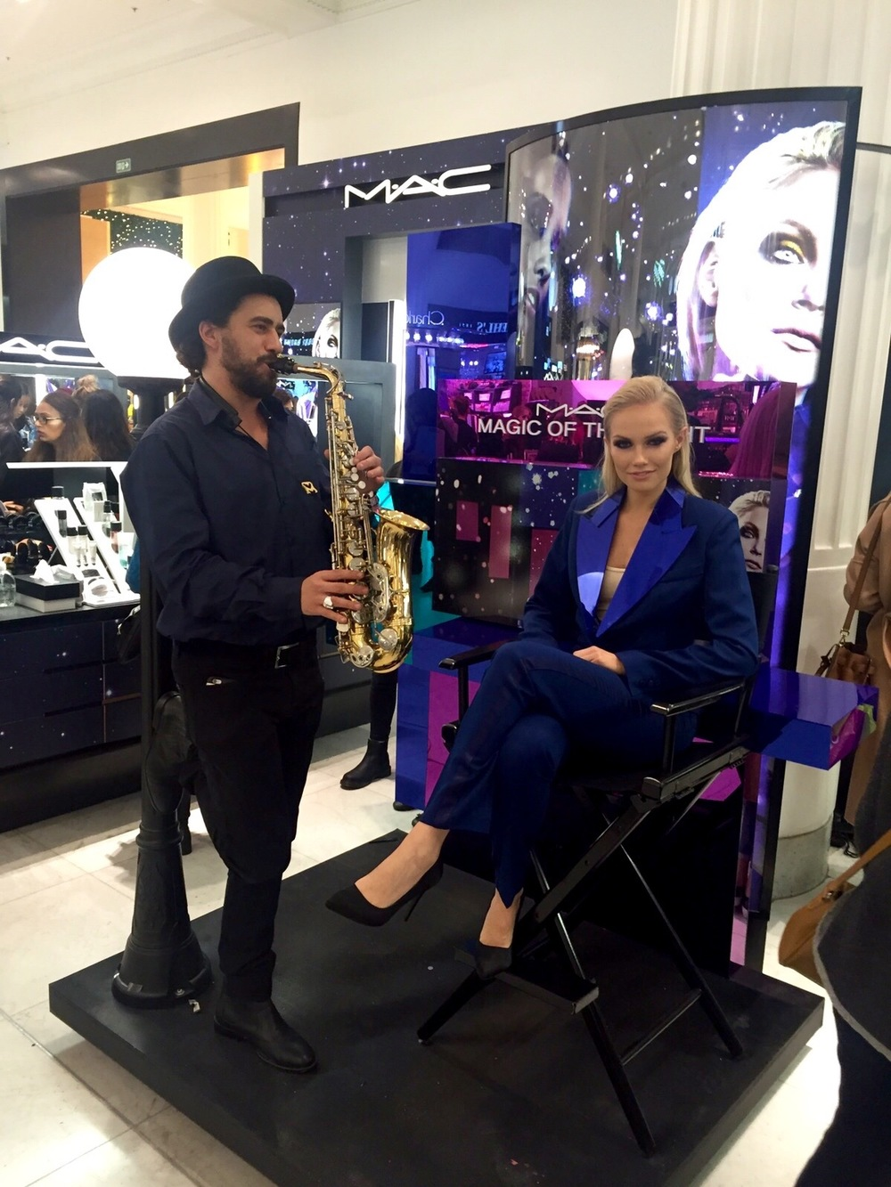 The Sax Man was also there and kept the customers entertained! Check out his instagram @thesaxmanuk