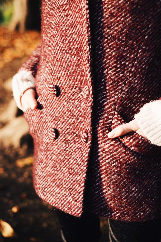 Jagger coat   in plum