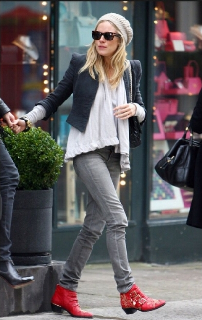 Sienna Miller in the Madeleine Thompson beanie. Image from Pinterest