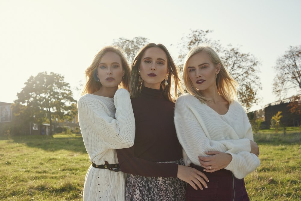 THE 4 OF US fashion editorial by Eva Schwank