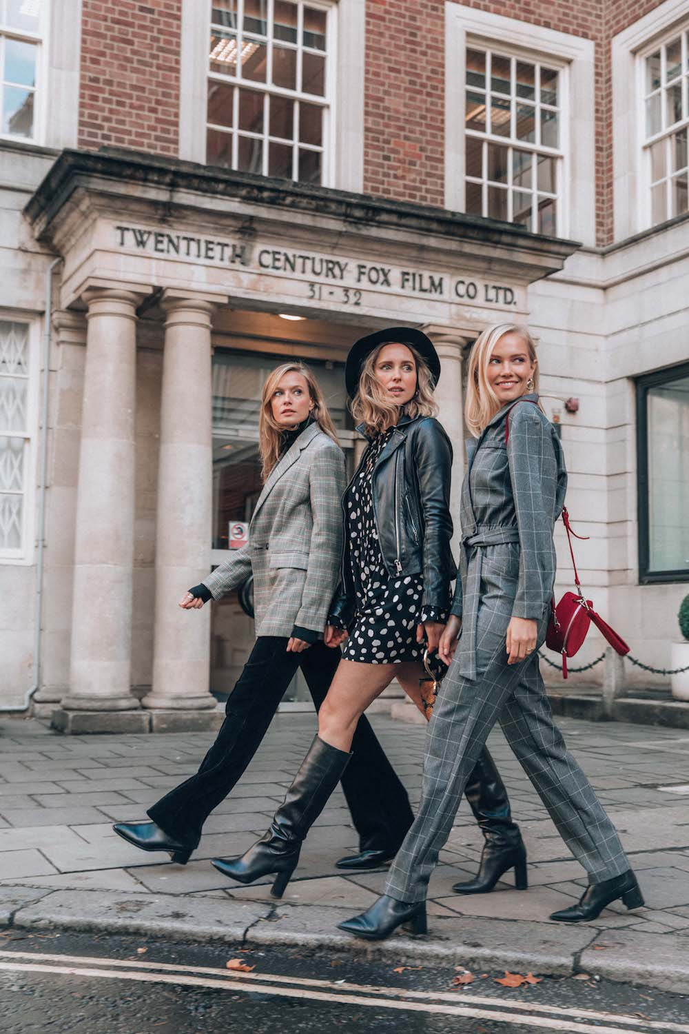 THE 4 OF US - Autumn street style by Lydia Collins