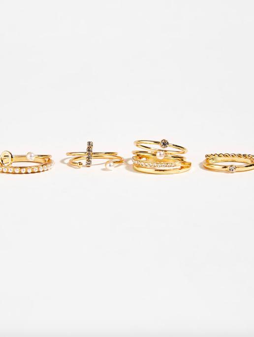 Set of pearl bead rings from Bershka