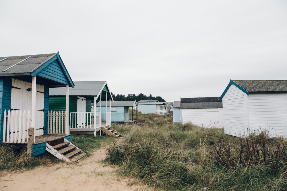 Haarkon Norfolk Coast Hunstanton Beach Hut Building Sand Dune Travel Sea