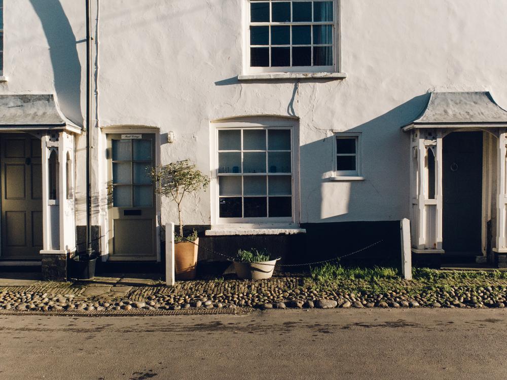 Haarkon Norfolk North Coast Seaside Sea Beach Design Travel Cley Sun Light Shadow Door