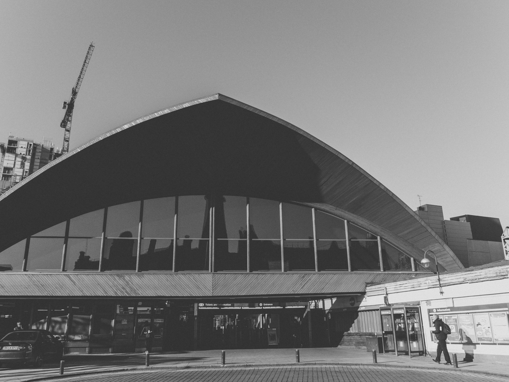 Haarkon Manchester Travel Visit England Sunshine Winter Museum