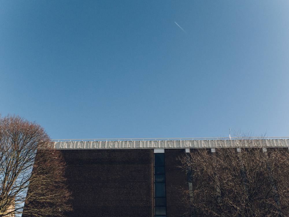 Haarkon Manchester Travel Visit England Sunshine Winter Museum Whitworth