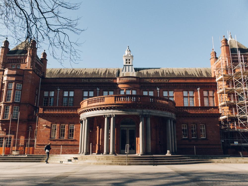 Haarkon Manchester Travel Visit England Sunshine Winter Museum Whitworth Art Gallery