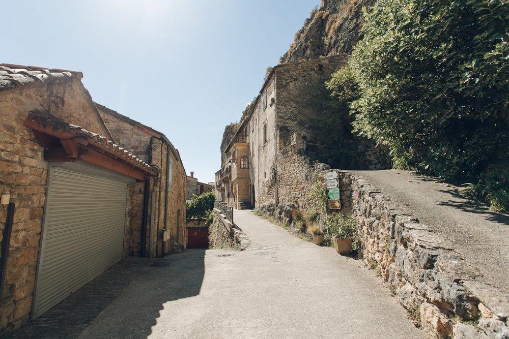 Millau & Carcassonne LR-62.jpg